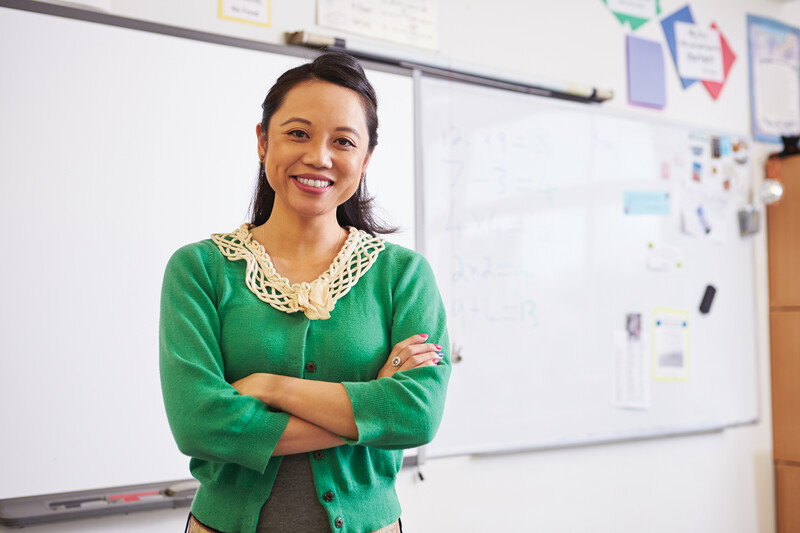 Research Alert / The Link Between Teacher and Student Well-Being thumbnail